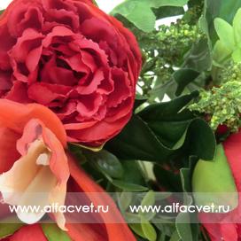 букет пионов с орхидеями цвета красный 4
