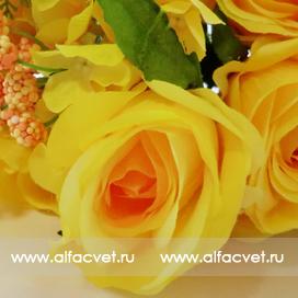 букет роз с добавкой фиалка цвета желтый 1