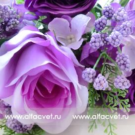букет роз с добавкой фиалка цвета сиреневый 8