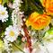 искусственные цветы букет роз с добавкой кашка цвета оранжевый с белым 16