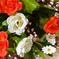 искусственные цветы букет роз с добавкой кашка цвета красный с белым 21