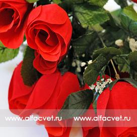букет роз с бархатными бутонами цвета красный 4