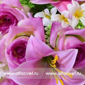 роза-лилия цвета фиолетовый 7