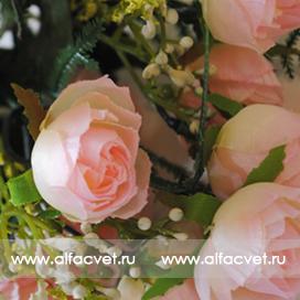 роза маленькая цвета светло-розовый 9
