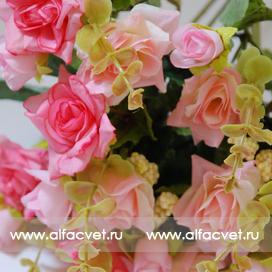 маленькие розы цвета светло-розовый 9